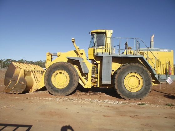 2007 Komatsu WA700 Wheel loader Earthmoving Equipment for sale Lightning Ri