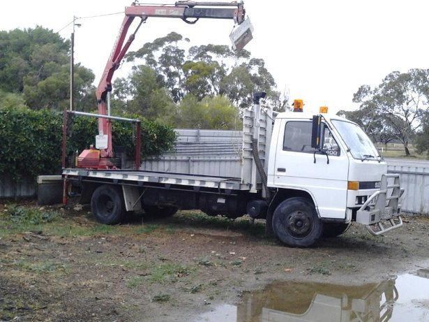 1988 Isuzu NPR 400 Long Crane Truck for sale SA Coomandook