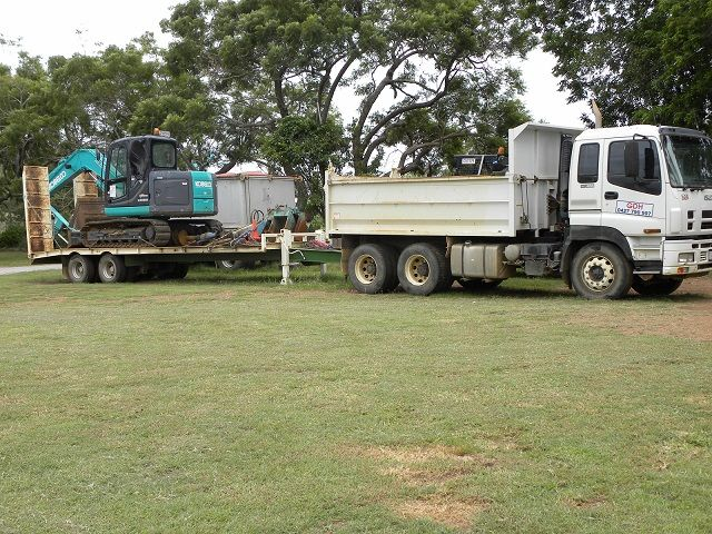 ed3440c110 Combination Earthmoving Business for sale QLD Gladstone