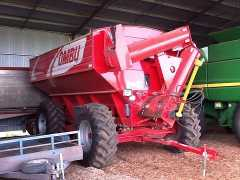 Farm Machinery for sale VIC 26 Ton Ombu Chaser Bin