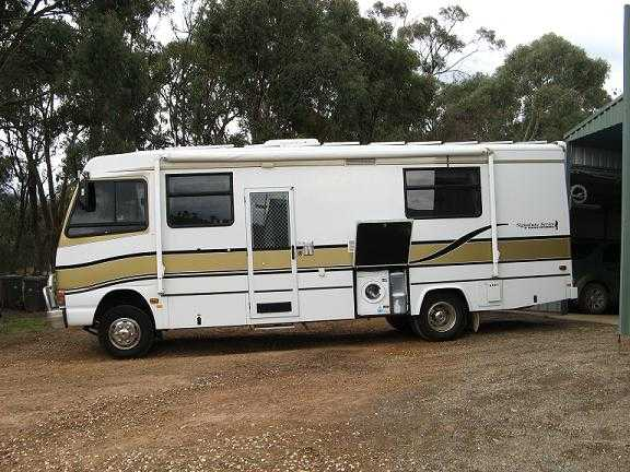 Cool Officers Have Been Told That Sales Advertisements Have Been Placed In Regional Newspapers Across Victoria For A Motorhome Or Caravan For Sale The Motorhome Has NSW Registration And Is Listed For Sale At $15,000 The
