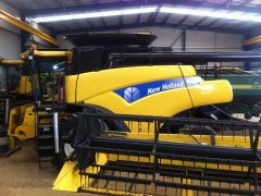 New Holland CR960 Header Farm Machinery for sale WA