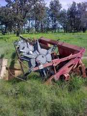 Farm Machinery for sale NSW IH 16 foot 810 Open Front