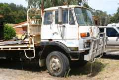 Truck for sale 1982 Mitsubishi 24 foot Tray Truck