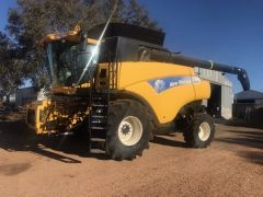 2011 New Holland 9080 Header for sale Pingelly WA