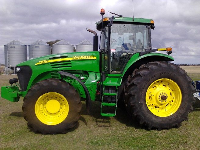 John Deere 7920 tractor for sale Mount mercer vic