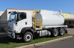 Blade Engineering 11,000L Vacuum Tanker truck for sale SA