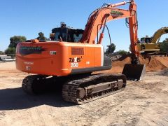 Earthmoving Equipment Hitachi 2007 Excavator for sale NSW